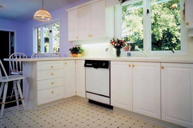 Линолейм на полу в кухне