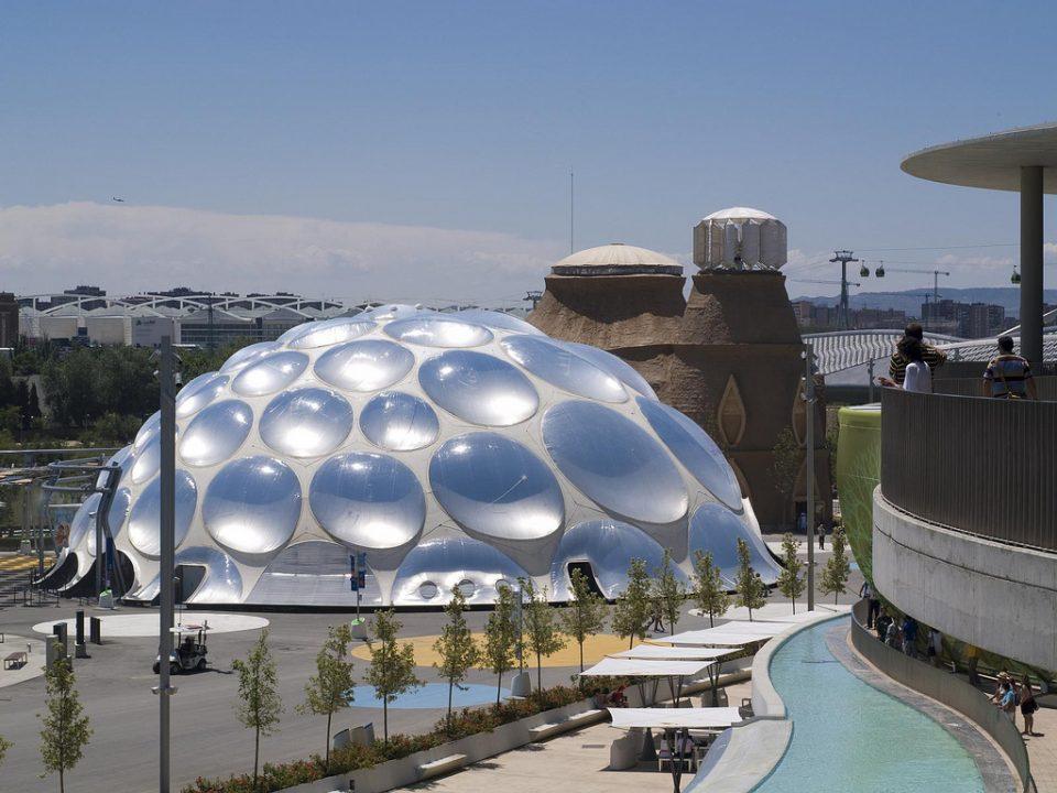 Здание из пузырей «Thirst Pavilion»