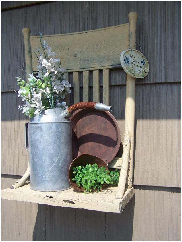 Подвесной стул без ножек для хранения садовых инструментов