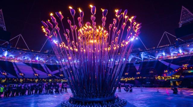 Креативная световая инсталяция на Олимпийских играх от Томаса Хезервика