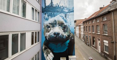diving-dog-street-art-01