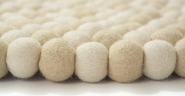 felt-ball-rugs-03