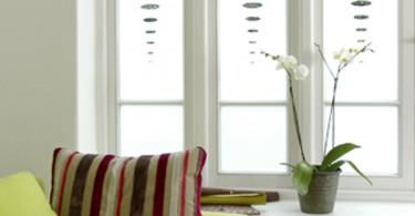 Декорирование окна - фото авторской работы Мелиссы Борель: http://www.forum-grad.ru/forum1112/thread50556.html