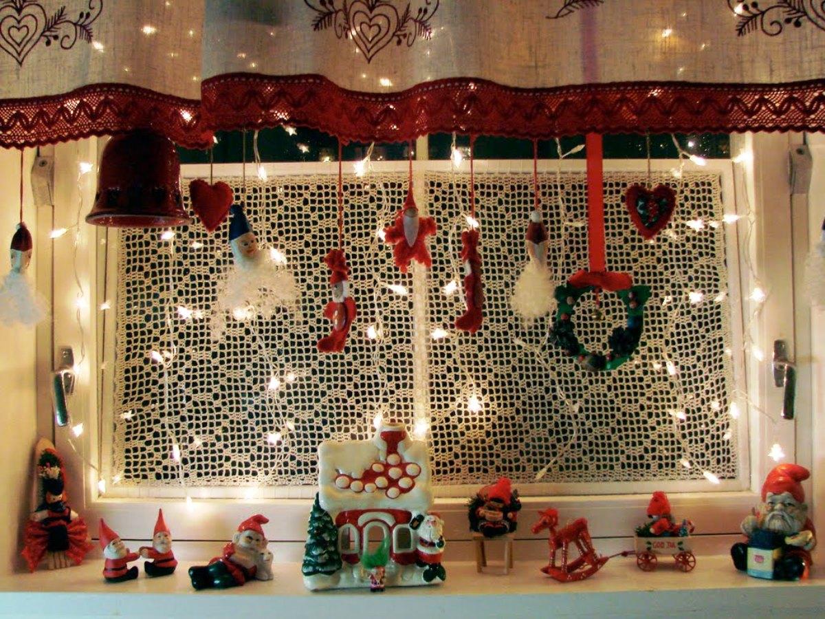 Новогодние украшения на окно своими руками фото