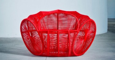 unusual_bright_red_chair-01