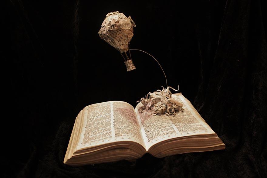 Воздушный шар, вылетающий прямо из книги