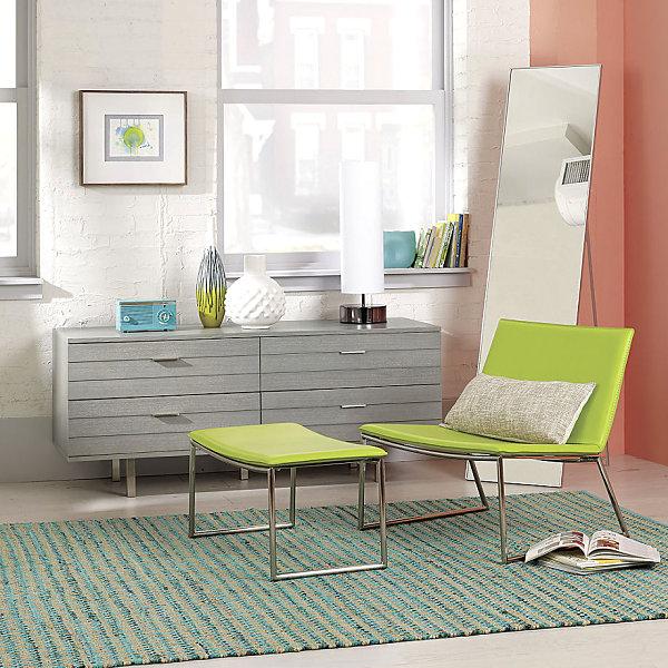 Салатовое кресло со скамьей