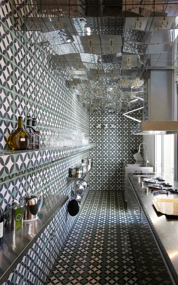 Интерьер кухни в стиле 70-х