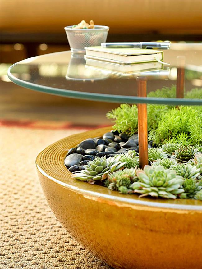 Дизайн столика из ёмкости с грунтом и стеклянной столешницы