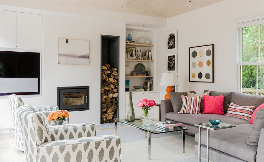 Красивая обивка мебель в гостиной