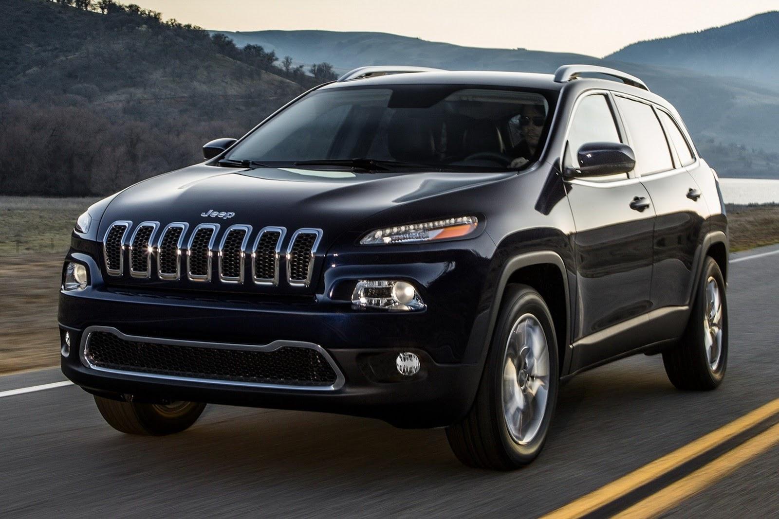 Черный Jeep Grand Cherokee 2014