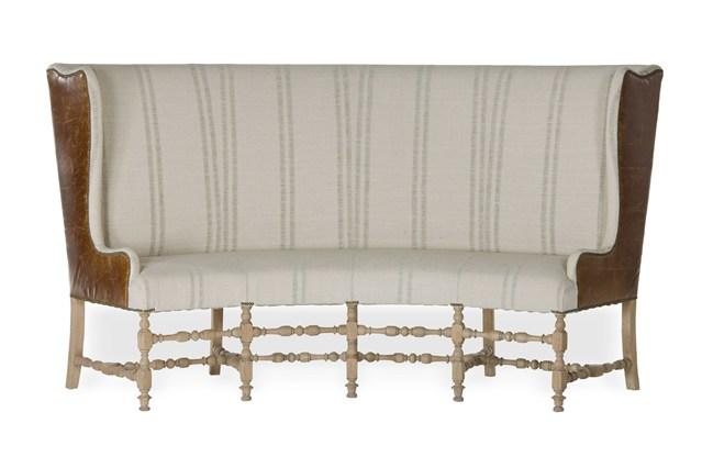 Высокая спинка дивана
