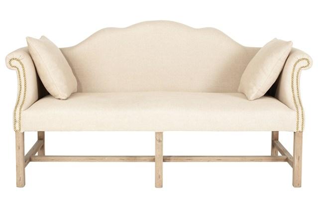 Белый диван в стиле винтаж