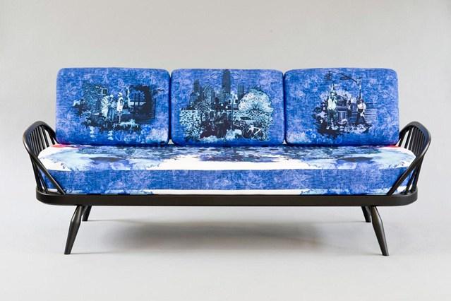 Яркий принт на диване