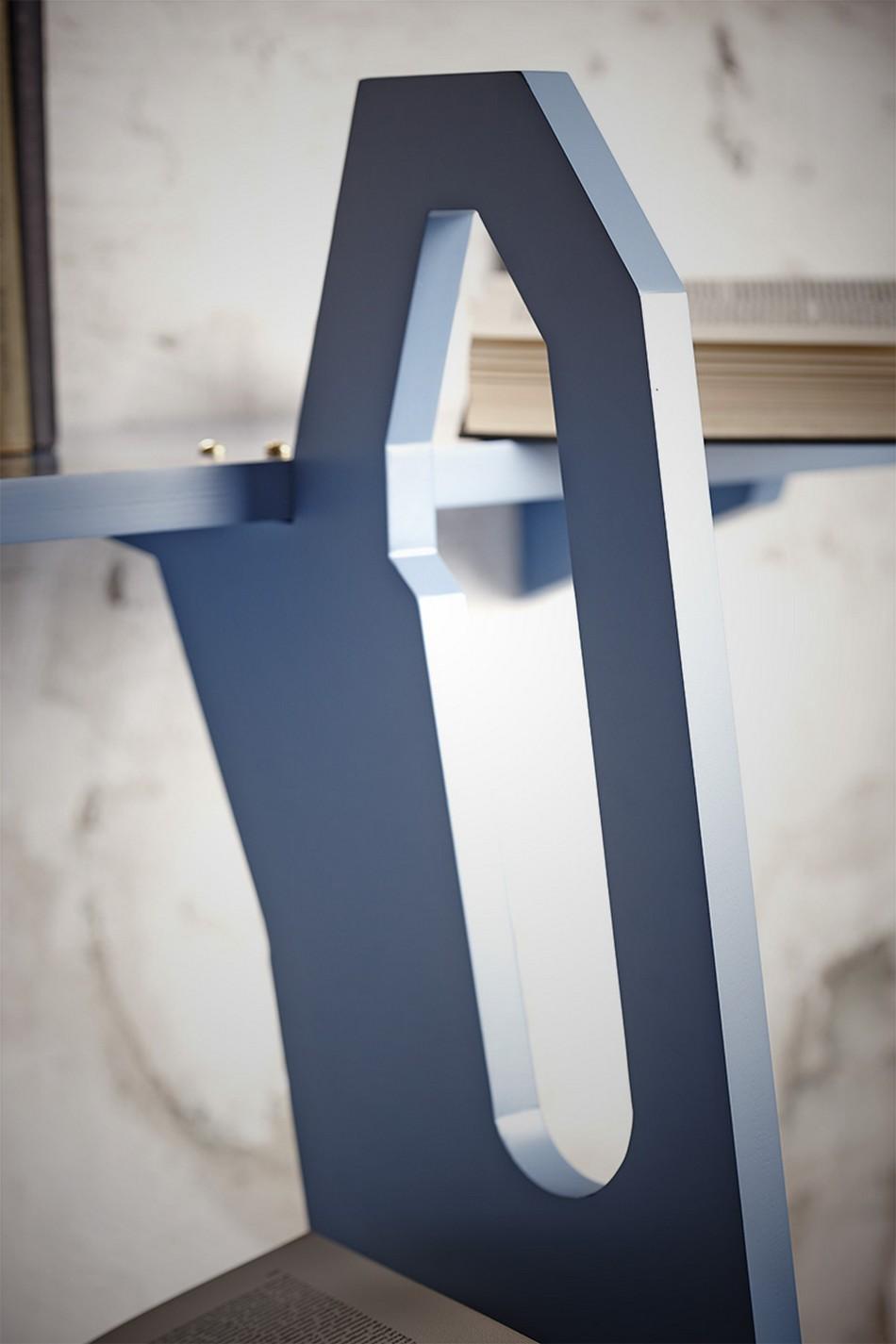 Материал лестницы-полки для хранения книг