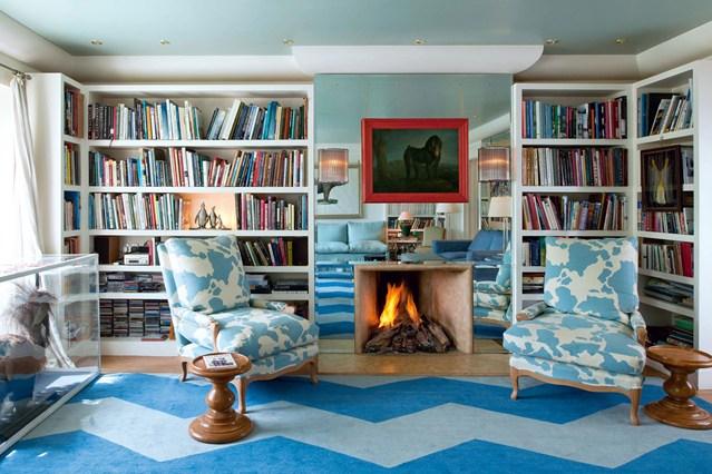 Невысокие стеллажи белого цвета для книг