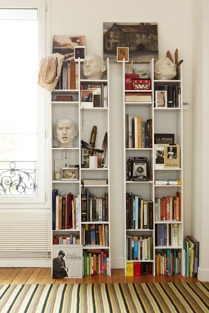 Маленький стеллаж для книг