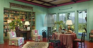 Оформление интерьера в ярком тропическом стиле