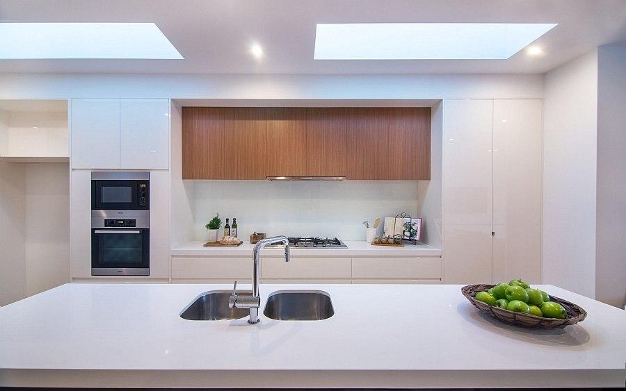 Дизайн интерьера кухни в Brighton Duplex