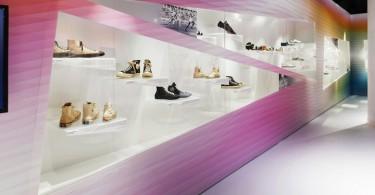 Оригинальная выставка обуви Out of the Box от Eventscape