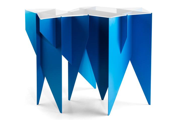Геометрическая форма стола