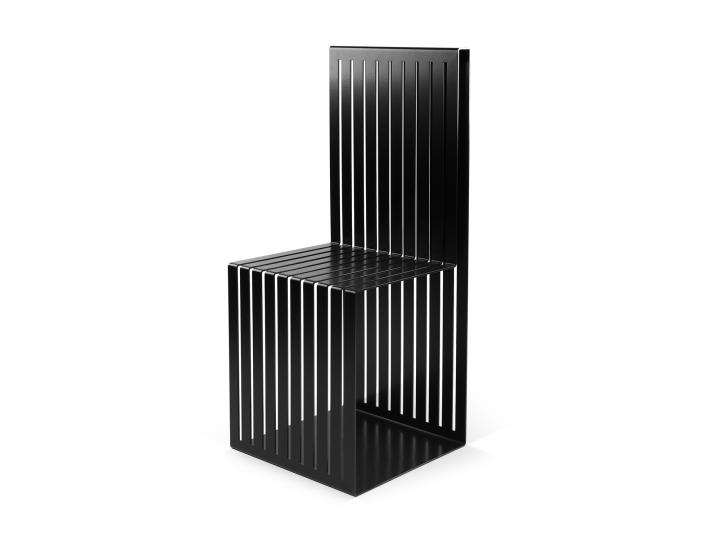 Решеточная поверхность стула