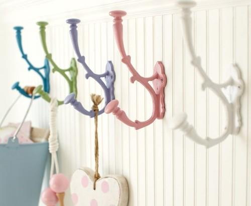 Картинки по запросу необычные крючки и вешалки для ванной комнаты