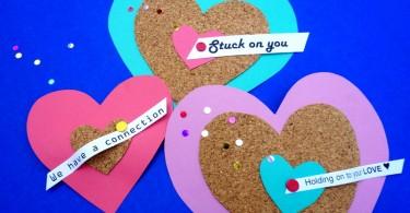 Валентинки в виде ярких сердечек
