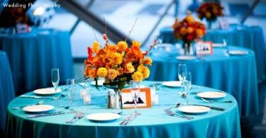 Идея для летнего декора свадебного стола