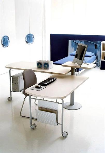 Письменный столик в шейхерском стиле