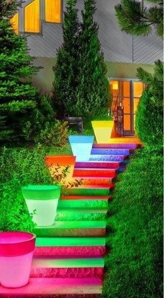 Радуга на ступеньках лестницы