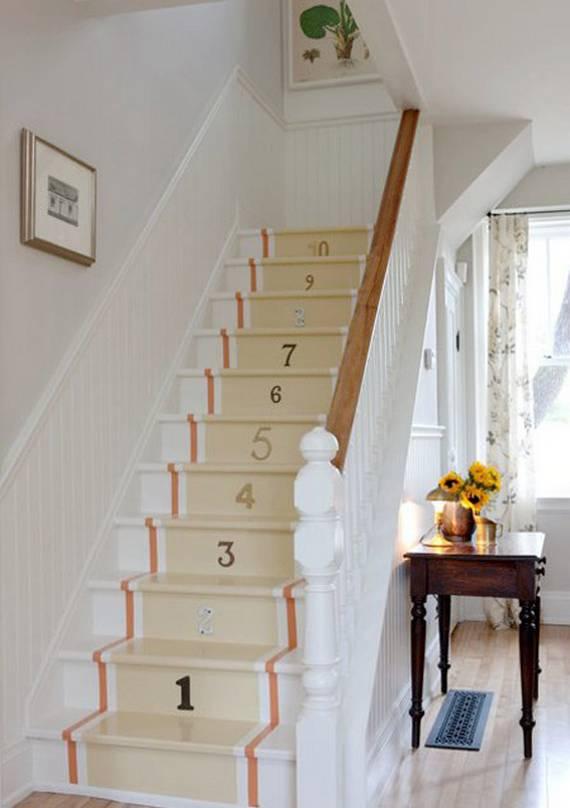 Цифры на ступеньках лестницы