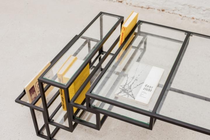 Металлическая основа столика от Филипа Янссенса