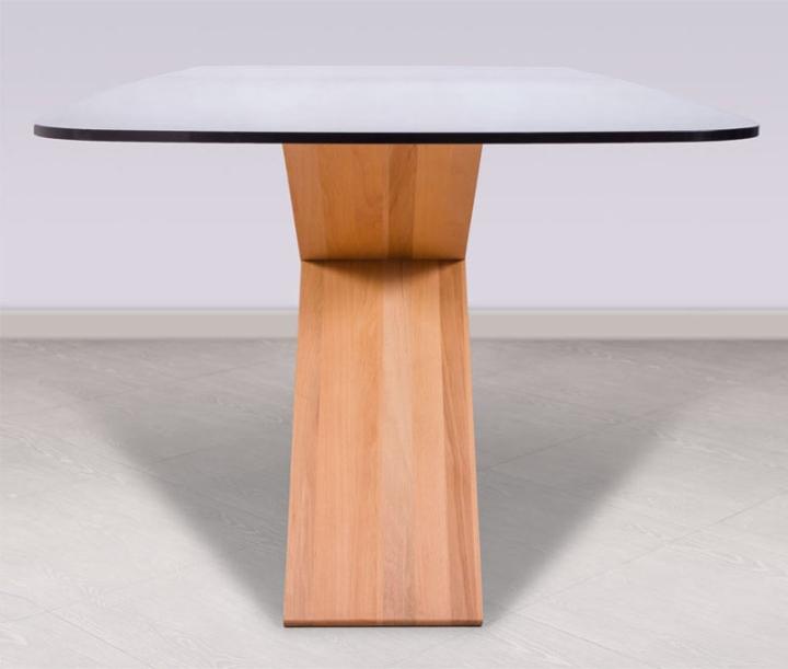 Деревянная основа стола CHEFT от Studio Pousti