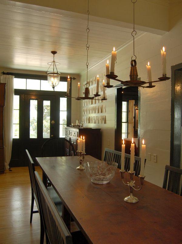 Интерьер столовой в старинном доме