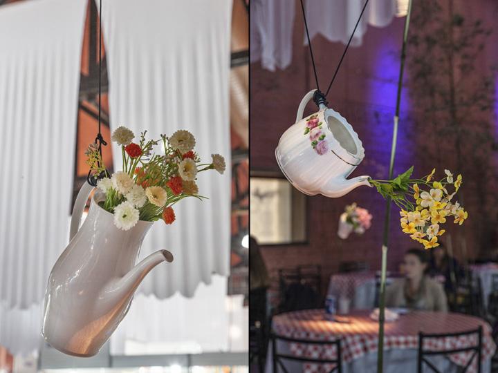 Подвесные чайники в качестве ваз