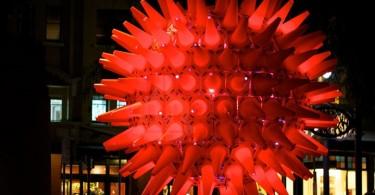Приветственный сияющий шар в Сиднее