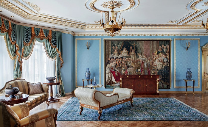 Необычное оформление дворца в Подмосковье
