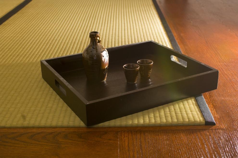 Подставка с посудой для чаепития в японском стиле