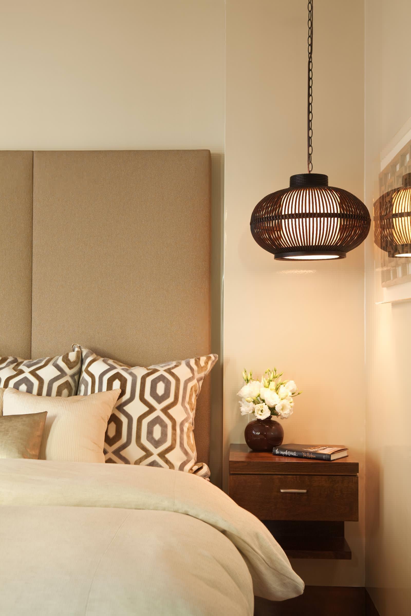 Подвесной светильник в спальне в японском стиле