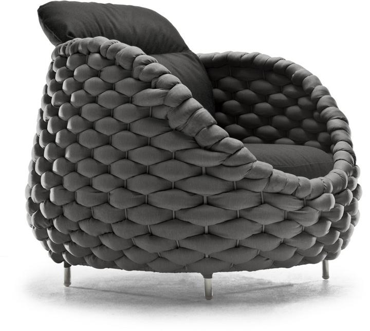 Серый стул Рапунцель от Kenneth Cobonpue