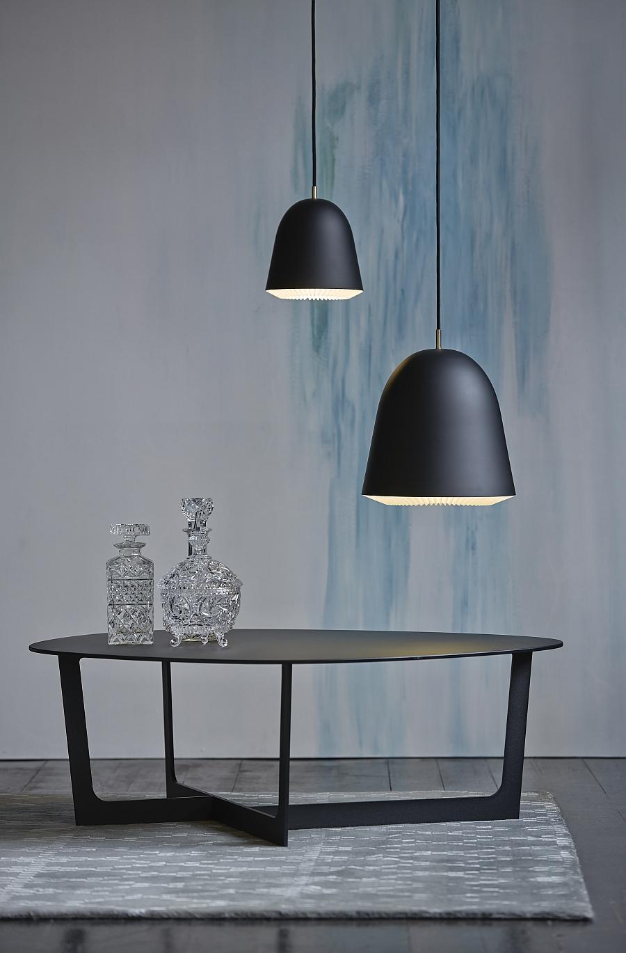 Подвесные светильники черного цвета
