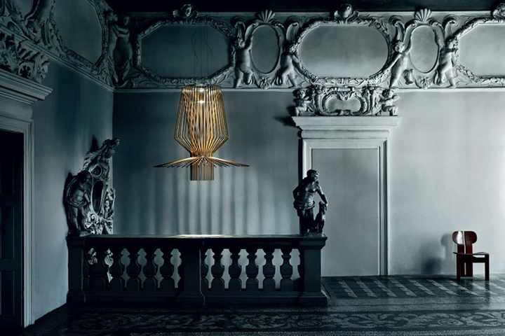 Оригинальный дизайн светильника Light Portraits в виде золотой клетки