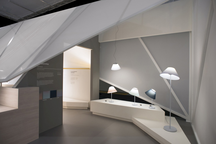 Дизайнерские светильники на выставке