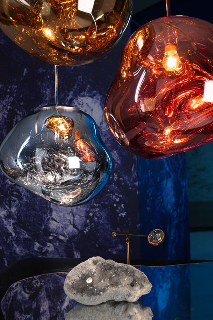 Дизайн подвесных светильников Melt Pendant Light от Тома Диксона в форме капель застывшего стекла