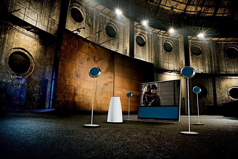 Домашний кинотеатр с акустической системой