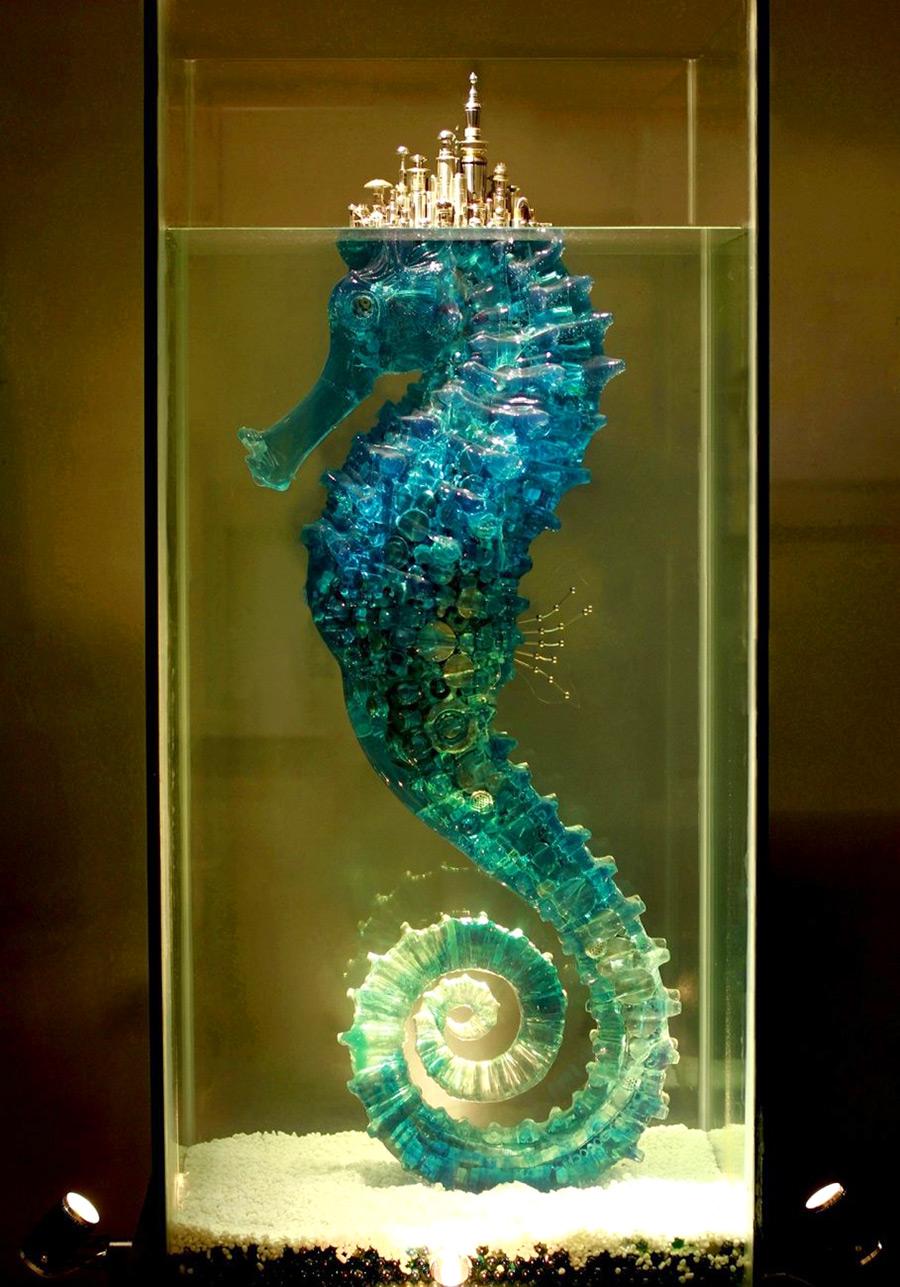 Красивая металлическая скульптура от Ху Шаоминга