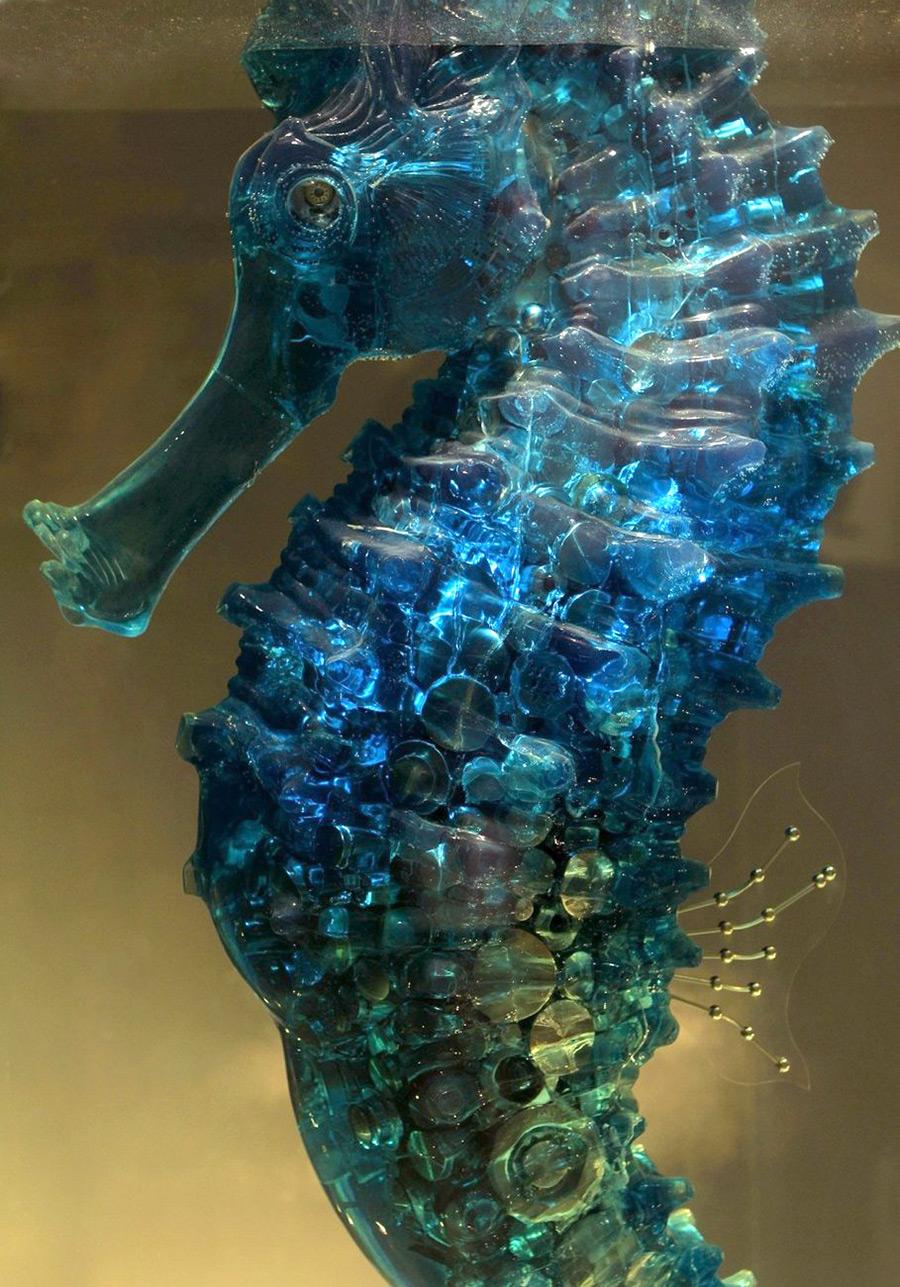 Чудесная металлическая скульптура от Ху Шаоминга