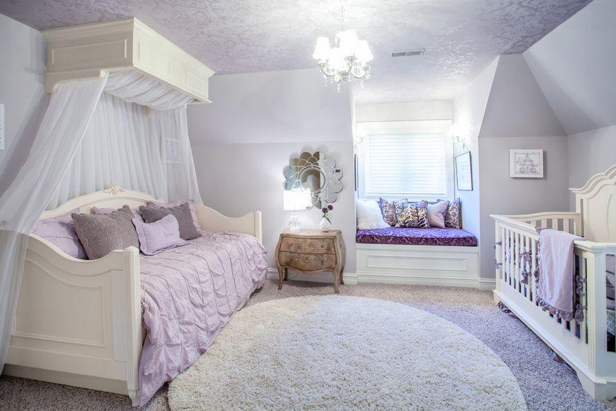 Узорчатый потолок в детской
