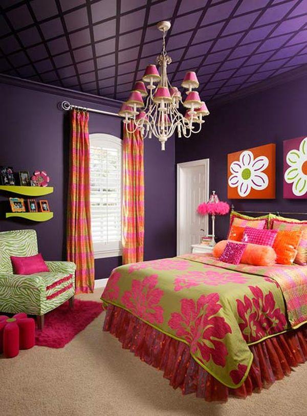 Темно-фиолетовый потолок в детской